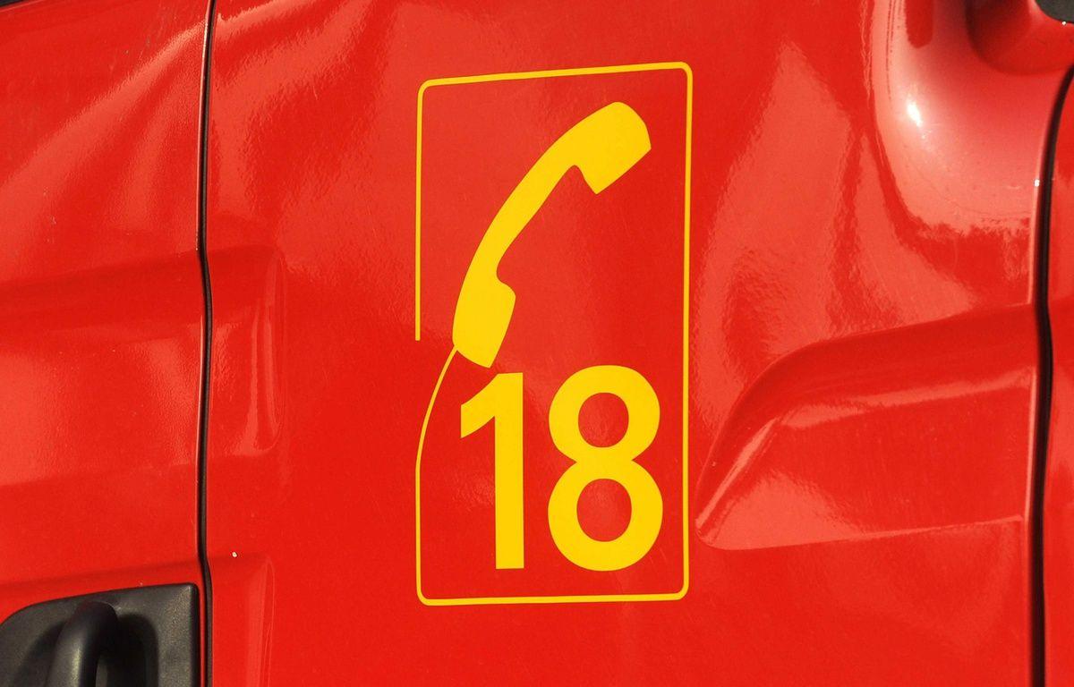 Le 18, numéro d'appel d'urgence des pompiers. – POL EMILE/SIPA