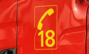 Le 18, numéro d'appel d'urgence des pompiers.