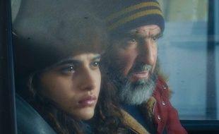 Manal Issa et Eric Cantona dans Ulysse &Mona de Sébastien Betbeder