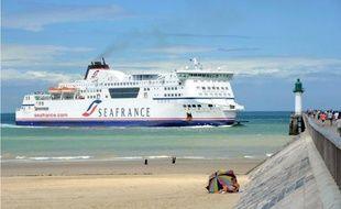Le tribunal de commerce de Paris décide ce mercredi après-midi du sort de la compagnie française de ferries en Manche SeaFrance, en optant pour sa mise en liquidation ou une reprise par un des deux repreneurs en lice.