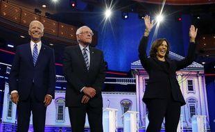Joe Biden, Bernie Sanders et Kamala Harris  lors du premier débat télévisé de la primaire démocrate, le 27 juin 2019.