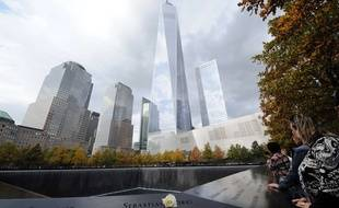 La Tour de la Liberté ou One Word Trade Center vu depuis le mémorial du 11 Septembre.