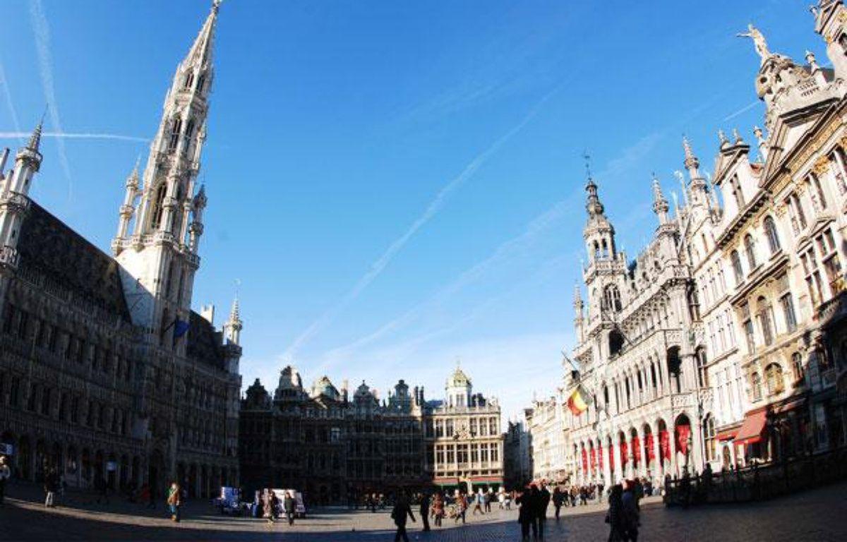 La Grand-Place de Bruxelles (Belgique), en mars 2011. – J. DA SILVA / REX / SIPA