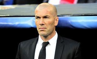 Zinédine Zidane lors du match entre le Real Madrid et le Bayern Munich le 23 avril 2014.