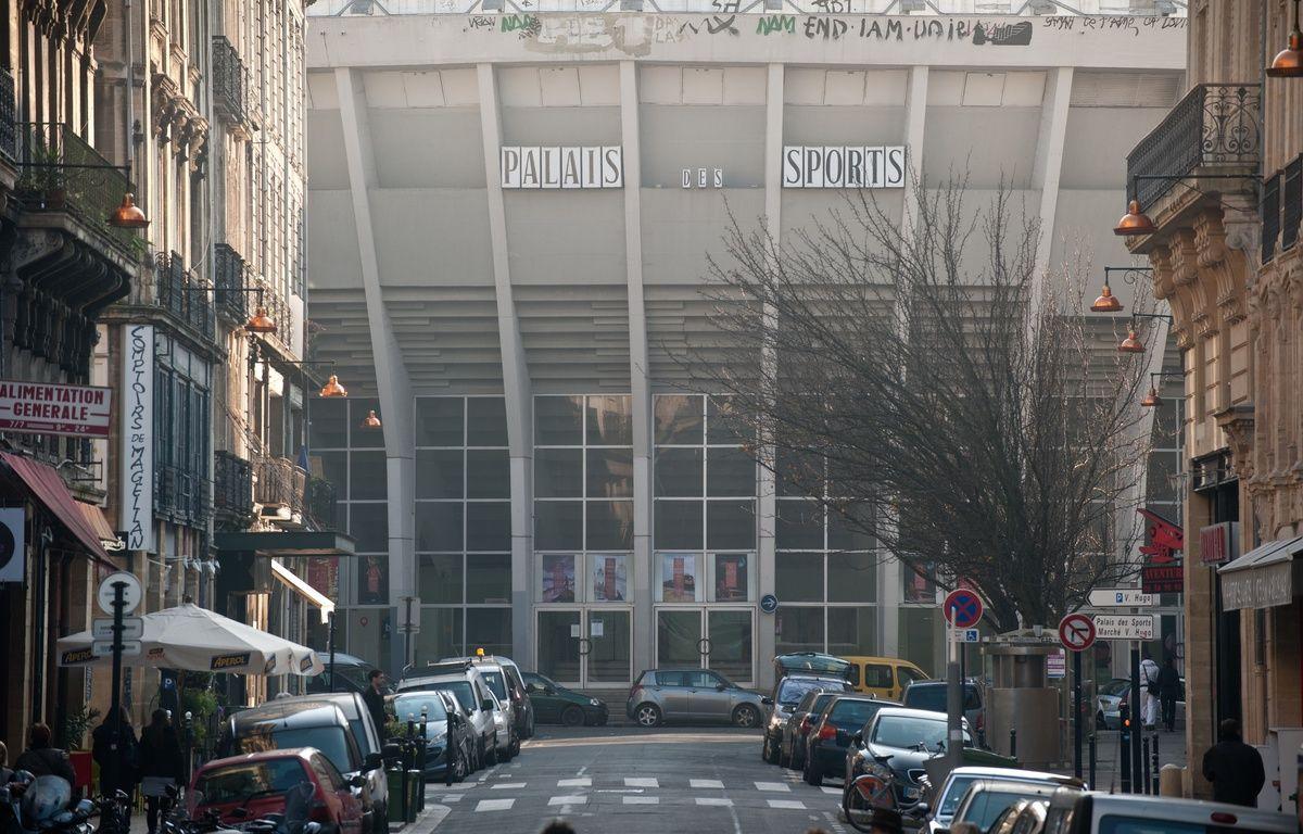 Bordeaux, 11 janvier 2012. - Le Palais des sports de Bordeaux, vu de l'extérieur, avant sa rénovation. - Photo : Sebastien Ortola – SEBASTIEN ORTOLA