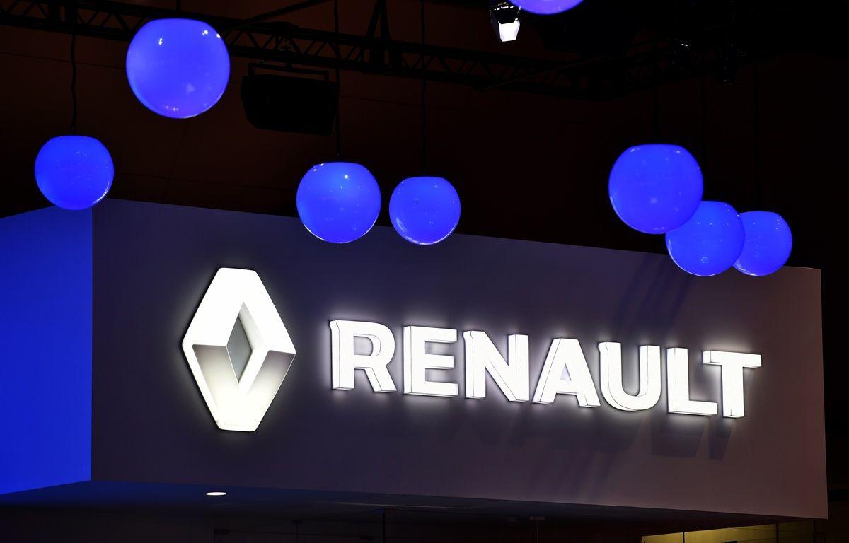 Le stand Renault au salon de l'automobile de Tokyo au Japon, en octobre 2015. – KAZUHIRO NOGI / AFP
