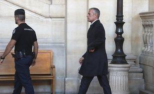 Amaury de Hauteclocque, ancien patron du Raid, a témoigné vendredi 6 octobre devant la cour d'assises spéciale de Paris dans le cadre du procès Merah.