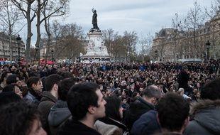 Rassemblement place de la République à Paris du mouvement #NuitDebout, le 11 avril 2016.