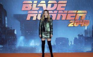 Ana de Armas sur le tapis rouge d'une projection de «Blade Runner 2049» à Londres, le 21 septembre 2017.