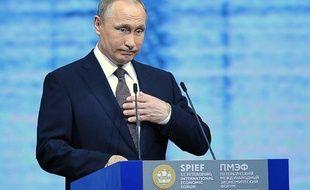 Le président russe Vladimir Poutine à Saint Petersbourg, le 17 juin 2016