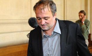 Le journaliste Denis Robert lors du premier jour d'audience du procès Clearstream, lundi 21 septembre.