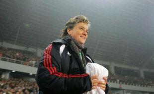 L'ancienne sélectionneuse de l'équipe de France de football, Elisabeth Loisel, à Chongquing, en Chine, en 2008.