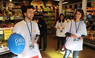Le site internet Paris je t'aide a recruté'une centaine de bénévoles lors du Microdon 2014, les 10 et 11 octobre dernier, opération pendant laquelle 200 associations  allait à la rencontre des Parisiens dans les supermarchés.