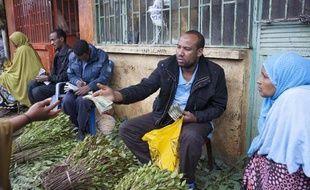 Des commerçants de khat sur le marché de Awaday, dans l'est de l'Ethiopie, le 30 juillet 2014