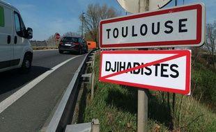 Les faux panneaux de signalisation ont été rapidement retirés autour de Toulouse.