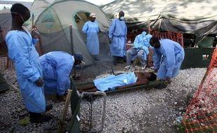 Il pourrait y avoir jusqu'à 200.000 nouveaux cas de choléra au cours des trois prochains mois en Haïti soit plus qu'un triplement, a estimé mardi un haut responsable sanitaire de l'Organisation panaméricaine de la santé (OPS).