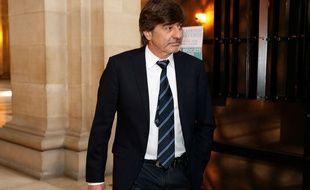 Michel Neyret arrive à l'audience du 10 mai 2016, à Paris.