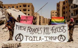 Un groupe armé proche des forces kurdes a annoncé fin juillet la formation de TQILA, un groupe de combat LGBT dans la région de Raqqa en Syrie.
