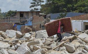 290 personnes au moins ont péri et 332 autres ont été blessées par la coulée de boue qui a dévasté la ville amazonienne de Mocoa
