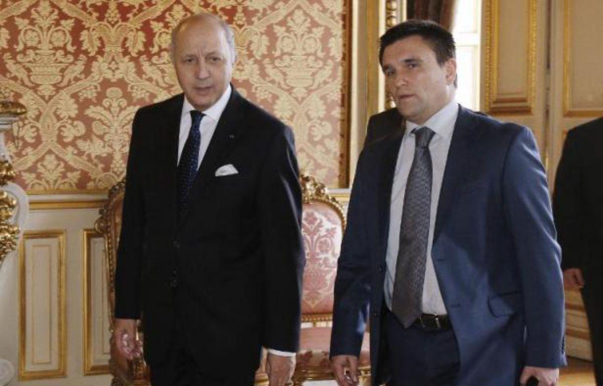 Le ministre des Affaires étrangères français Laurent Fabius et son homologue ukrainien Pavlo Klimkine à Paris le 24 février 2015 – François Guillot Pool