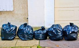 Des ordures ménagères. Illustration.