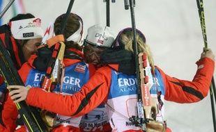 La Norvège a remporté le relais dames des Championnats du monde 2013 de biathlon dans lequel la France s'est classée 6e vendredi à Nove Mesto.