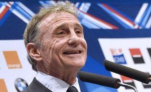Guy Novès, le sélectionneur du XV de France, lors d'une conférence de presse à Levallois-Perret, le 19 janvier 2016.