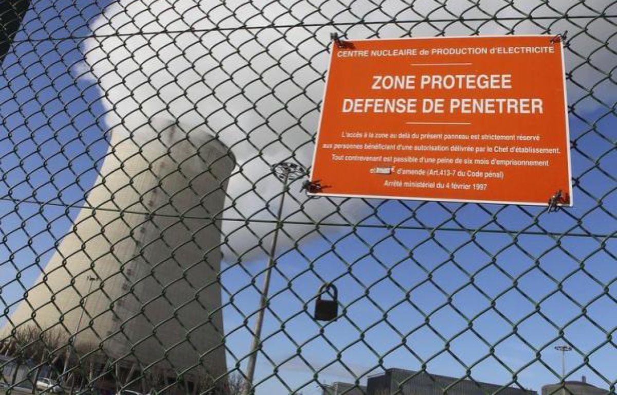 Les militants de Nogent encourent pour ces délits jusqu'à cinq ans d'emprisonnement et 75.000 euros d'amende, bien au-delà des peines normalement prévues pour une intrusion sur un site nucléaire, à savoir six mois d'emprisonnement et 7.500 euros d'amende, selon leur avocat Me Alexandre Faro. – Francois Nascimbeni afp.com