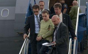 Le Canadien Luka Rocco Magnotta a plaidé non coupable mardi du meurtre et du dépeçage du corps d'un étudiant chinois au terme d'une brève comparution par visioconférence devant la justice à Montréal.