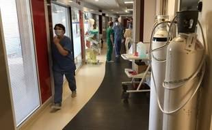 Montereau (Seine-et-Marne), le 9 avril 2020. Dans le service de réanimation où sont soignés les malades les plus graves atteints par le coronavirus.