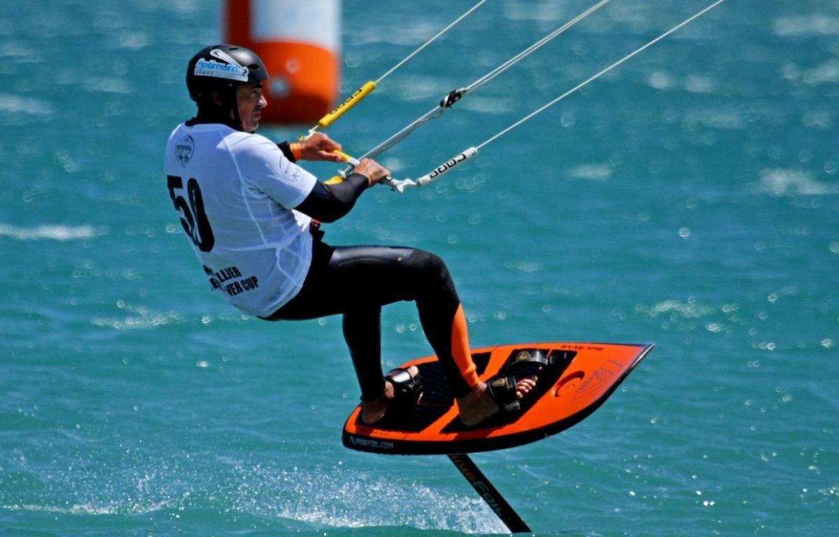 Le kitefoil, nouvelle discipline du kitesurf – 421sport.com
