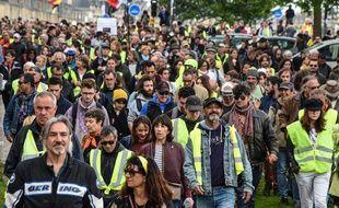 Défilé des gilets jaunes du 4 mai 2019 à Bordeaux.