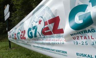 Non au G7, dit cette banderole en basque dans le texte.