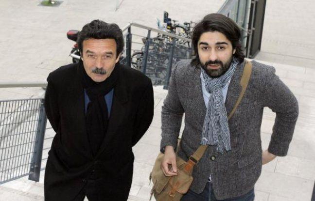 Trois journalistes ou ancien journaliste du site d'information Mediapart, ont été mis en examen jeudi à Bordeaux pour des recels d'atteinte à l'intimité de la vie privée, après la publication en 2010 de conversations tenues chez Liliane Bettencourt, a-t-on appris de source proche du dossier