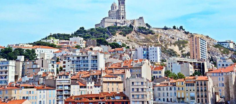 La «Bonne-Mère», photographiée ici en 2016, occupe une place spéciale dans le coeur des Marseillais.