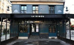 Un bar-restaurant fermé à Paris (image d'illustration).