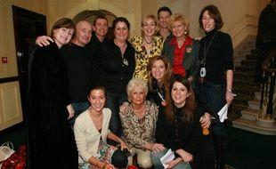 Nathalie Dubois et son équipe entourent Sharon Stone en 2007.