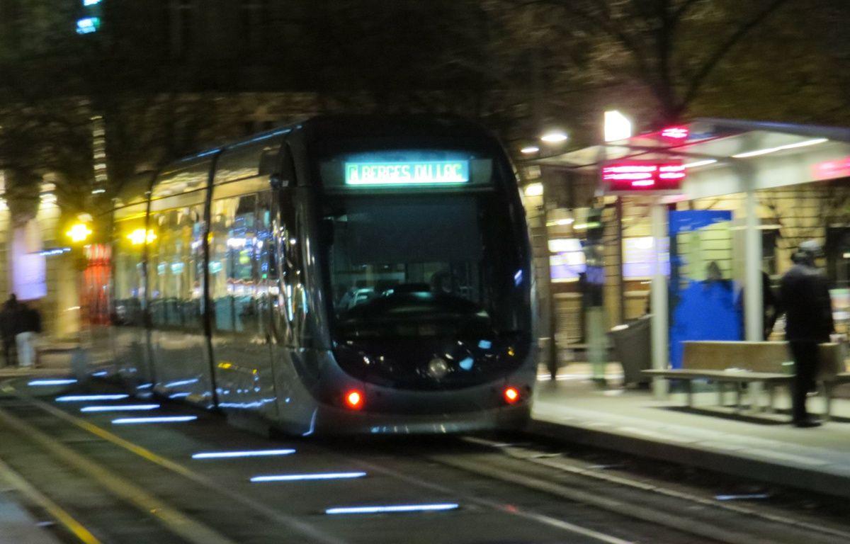 Cinq étudiants viennent de lancer une application pour ne plus rater le dernier tramway – M.BOSREDON/20MINUTES