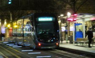 Cinq étudiants viennent de lancer une application pour ne plus rater le dernier tramway