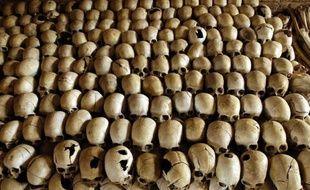 Le Canada a expulsé lundi soir le Rwandais Léon Mugesera, accusé d'avoir incité au génocide de 1994 ayant fait 800.000 morts dans son pays d'origine, au terme d'une saga politico-judiciaire de près de deux décennies.