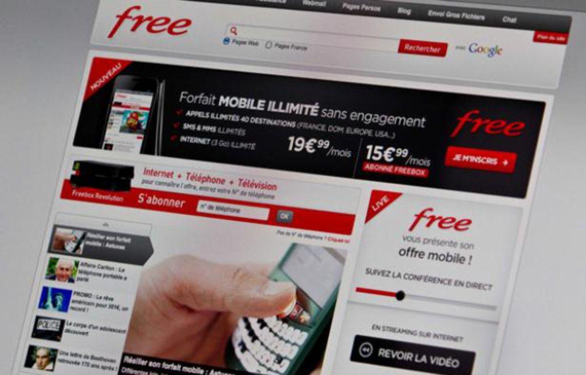 Iliad compte investir 250 millions dans l'extension de son réseau mobile en 2012. – PRM/SIPA