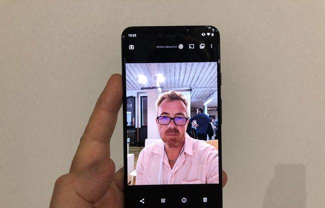 Un mode Portrait selfie sans flou à l'arrière du sujet...