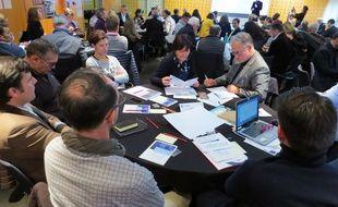 Des chefs d'entreprise réunis à la CCi de Nantes-Saint-Nazaire pour formuler des propositions pour le Grand Débat national.