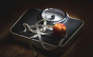 Illustration de l'obsession pour la nourriture et le poids pour évoquer les troubles du comportement alimentaire.