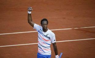 Gaël Monfils après sa victoire contre Guillermo Garcia-Lopez, le 2 juin 2014, à Roland-Garros.