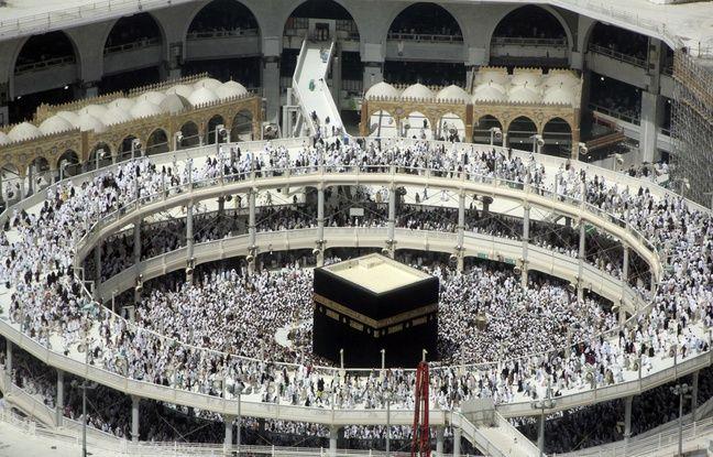 """Résultat de recherche d'images pour """"La mecque : un jeune homme se suicide du haut de la grande mosquée"""""""