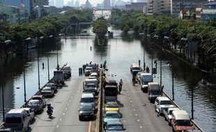 Les inondations majeures qui affectent la Thaïlande perturbent l'approvisionnement en disques durs des fabricants d'ordinateurs du monde entier, selon plusieurs sources du secteur.