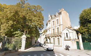 La mère et son fils vivaient depuis 22 ans dans un appartement de la rue Léopold-Thézard, dans le centre de Poitiers.