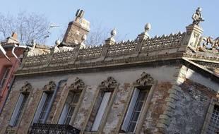 La maison Giscard qui jouxte la manufacture de l'avenue de la Colonne.