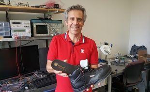 Avec la start-up TRAXxs, Denis Audoly implante des semelles connectées aux chaussures de sécurité.